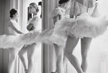 Dance / by Elena Re