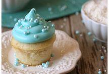 Recipes - Dessert / by Julie Kassab