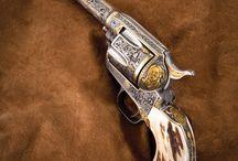 WOMAN - GUNS - WEAPONS