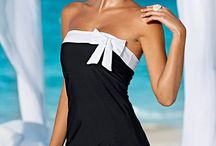 Fashion: 40 Plus Bathing Suits / 40 Plus Beauty Expert  // Fashion and style outfit inspiration for when you're over 40.