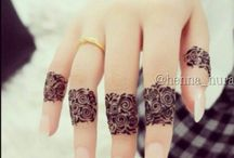 unconventional henna designs