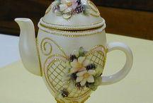 Egg art   ( teapots )