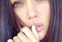 Kirpikler güzel gözler