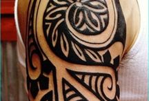 Hawaiian Tattoos / Hawaiian tattoos are extremely popular as many people are fascinated with the tribal symbols that come with them.