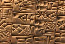 Histoire des écritures / Comment l'écriture est-elle née ? Quels ont été les premiers alphabets ?