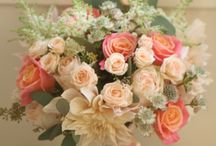 MOOD - Coral and Green Wedding