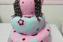 Cakes!! / by Kassie Paddock