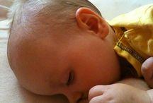 Mám dosť mlieka? / Na otázku, či máte dostatok mlieka, najspoľahlivejšie odpovedá pozorovanie dojčenia, sledovanie pitia bábätka.