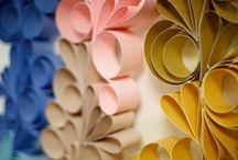 Scrolling Shimmer Paper Garland