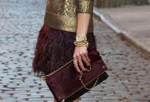 KÖTÖTTBEN / A téli ruhatár kedvelt ruhadarabjai a kötött pulóverek, ruhák. Inspiráló képek, hogy hogyan viseld!