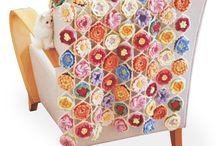 FELISSIMO: Crochet 3D Flower Blanket