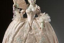Det 18 Århundrede, / Rococo ,Krinoliner, historiske kjoler og klædedragter