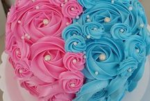 Gender Reveal Cakes / All the beautiful pink and blue cakes we could find.