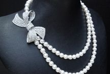 Bridal Jewelry & Accessories / So many pieces to make you beautiful in everyway! / by Phoenix Wedding Gardens