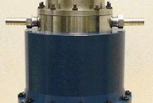 Solar stirling engine power generator