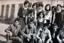 Bünyan Lisesi ve Bünyan Ortaokulu / Bünyan'daki ilk ortaokul (1948) olan Bünyan Ortaokulunun ve ilk lise (1968) Bünyan Lisesi öğrencilerinin fotoğraflarını içerir.