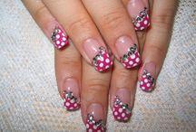 nice nails / by Kenya Hunter