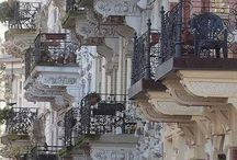 Parisien_balconies