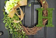 Wreaths / by Paulette Matthews Dekker