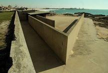 Piscina das Marés - Leça Palmeira / Piscina das Marés, em Leça da Palmeira. Projecto do Arquitecto Siza Vieira. A piscina é Monumento Nacional.