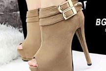 Fashionable Women Boots / In this board, Nancy Jayjii shares all kinds of fashionable women boots, just go around to find the styles you love.....