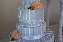 Vintage Cakes & Decorations / Bird Cage Wedding Cake & Accessories