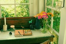 Writing and Reading Spaces / Beautiful places for writing inspiration and tips to create personal workspaces
