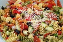 Pasta Salads / Yummy pasta salads for the warm weather and to make for potlucks.