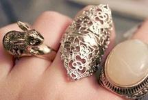 accesories / by India Barros Bastien