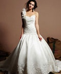 Gorgeous Wedding Gowns~ / If you are the princess.