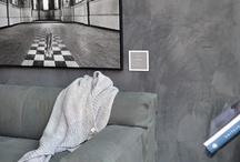 Woontrend 2014: Betonlook / Vloeren, wanden, aanrechtbladen. Tegenwoordig zijn er vele beton afwerkingsproducten op de markt die het mogelijk maken om op verschillende manieren de betonlook terug te laten komen in het interieur. Of je nu van modern landelijk houdt, eigentijds of industrieel, door de natuurlijke uitstraling past het in ieder interieur.