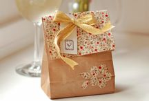 Gift bags and boxes / Lovely ways to give gifts