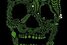 Skulls / by Bianca Lopomo