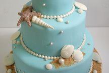 Cakes / by Chelsa Bratton