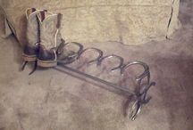 Horse shoe ideas  / by Country Girl