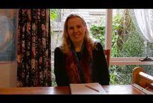 Kelly Casanova Weaving lessons on Youtube / Weaving lessons for all levels.