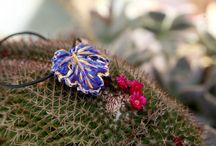 Ceramic Pendant - Ciondolo Ceramica / Bacheca dedicata al mondo dei pendenti, dei ciondoli di diverso tipo e fattura.
