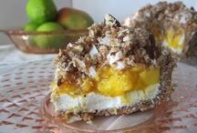 Healthier Dessert / by Meghan Fynnigan