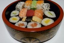 Sushi serveren / Met prachtig Japans servies komen je zelf gemaakte sushi of andere Japanse gerechten pas echt tot uiting! http://www.ambiancecreations.nl #japansservies