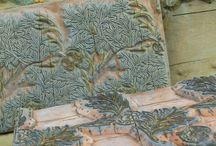 Textiles: Print / by Nichola Pitt