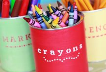 Organizing Art Supplies / Creative ways to organize art supplies. Inspiring art room set ups for the kids.