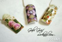 Flowers on nails / I really like flowers on nails. See these beautiful nails art. I think these are the best for summer.