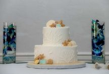 Florida beach wedding cakes / After the perfect Florida beach wedding, a cake on the sandy shore or at a reception indoors makes the day even sweeter! http://www.suncoastweddings.com/
