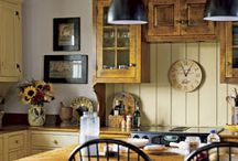 Cosy Country Cottages / Country style Décor , gardens and architecture