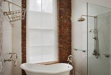 800 Ann - Hall Bath
