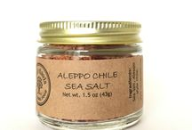 To top it off / Delicious small-batch flavored sea salt for finishing all your dishes. Cook, sprinkle, serve!