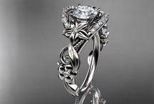 jewelry / by Samantha W.