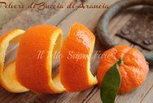 Frutta, conserve, sali aromatici, spezie ed altro.
