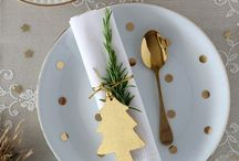 Juldukning (Christmas Table Settings)
