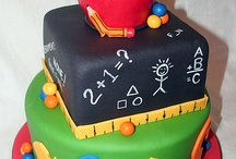 Back to School Cakes, Cupcakes and Cookies / Back to School Theme cakes, cupcakes and cookies we admire.
